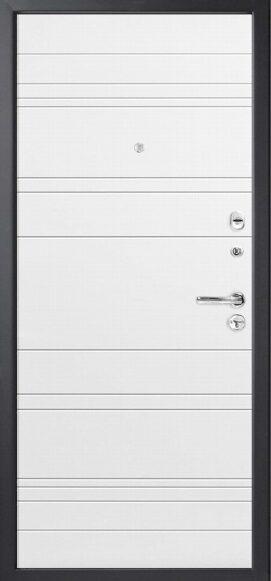 Metāla durvis dzīvoklim M700