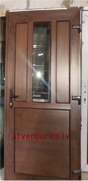 PVC durvis Rieksts ar dalījumu un stikla ielaidumu