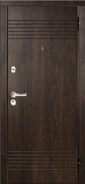 Metāla durvis mājai M37