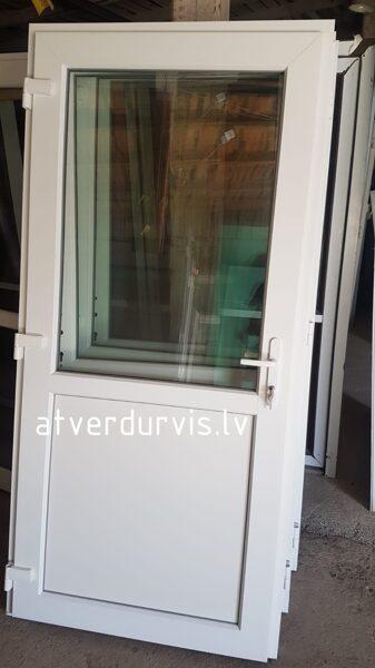 PVC durvis Baltas ar dalījumu stikls/pildiņš