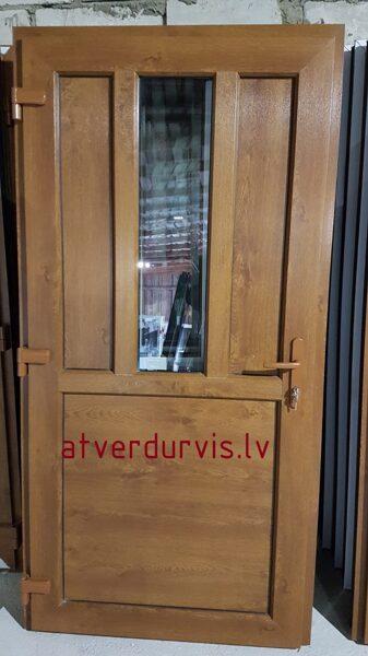 PVC durvis Zelta Ozols ar dalījumu un stikla ielaidumu
