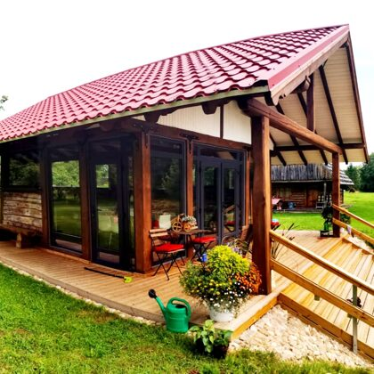 Tējas namiņa iestiklošana. PVC logi un durvis, krāsa- antracīts.