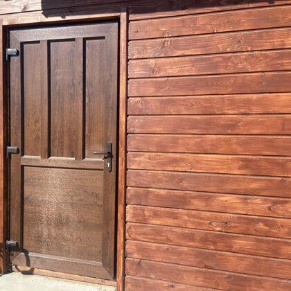 PVC durvis ar pildiņiem. Krāsa- rieksts( no abām pusēm).